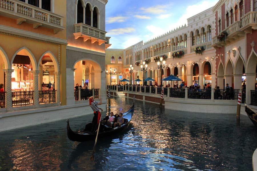 Venetian-Las-Vegas-Ciao-Tutti