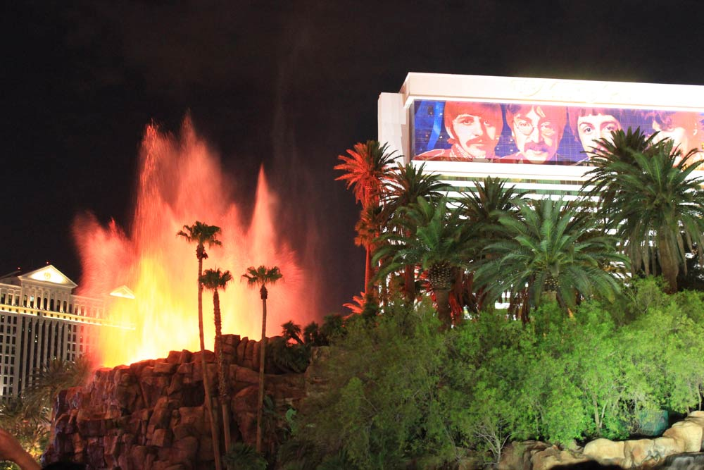 Eruption-Mirage-Las-Vegas