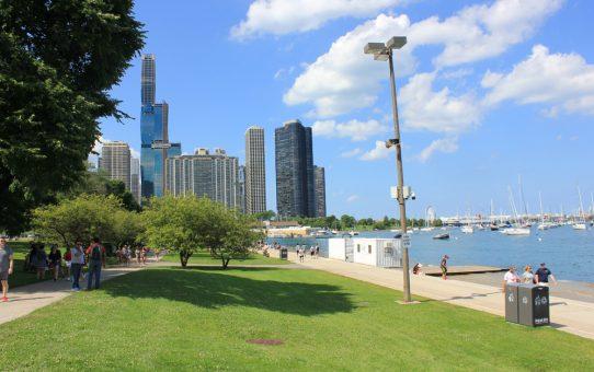 En promenade dans le Millennium Park de Chicago